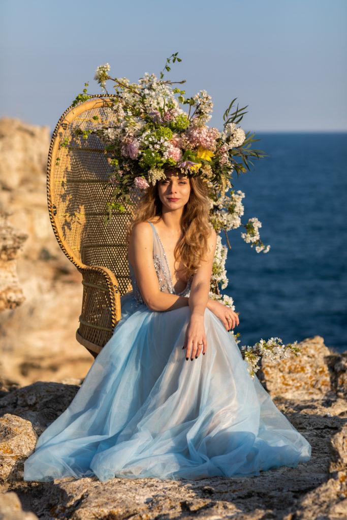 Rochie de mireasa Elsa Oana Nutu tul broderie curgatoare accesorizata perle mireasa ocazie bal